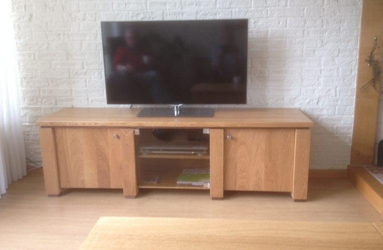 Eigen huis en tuin tv meubel tv lift op eigen huis en for Eigen huis en tuin kast maken
