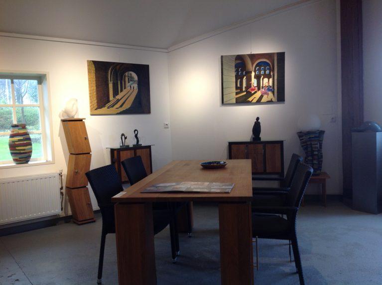 schilderijen Wies Jansen meubels Louis van Vilsteren