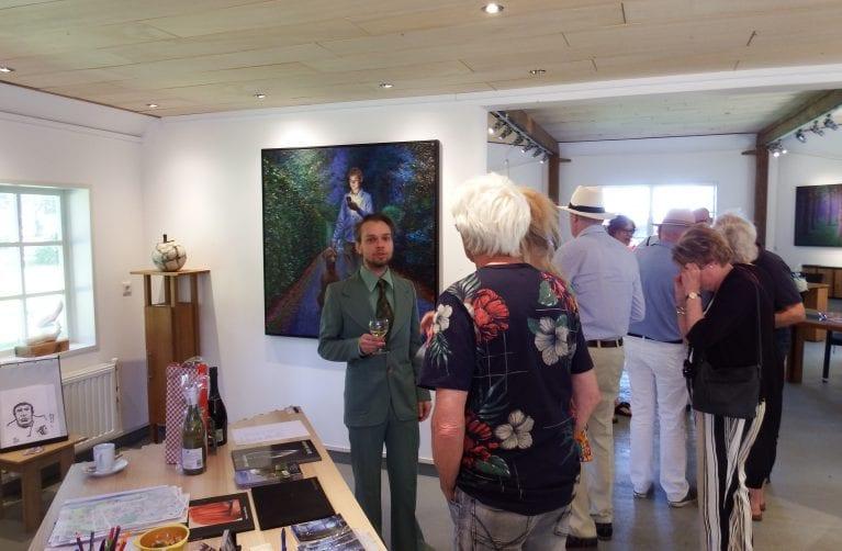 Geslaagde opening expositie Daniel Douglas met speciale attractie
